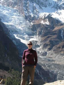 Denae in front of the big glacier near Manang